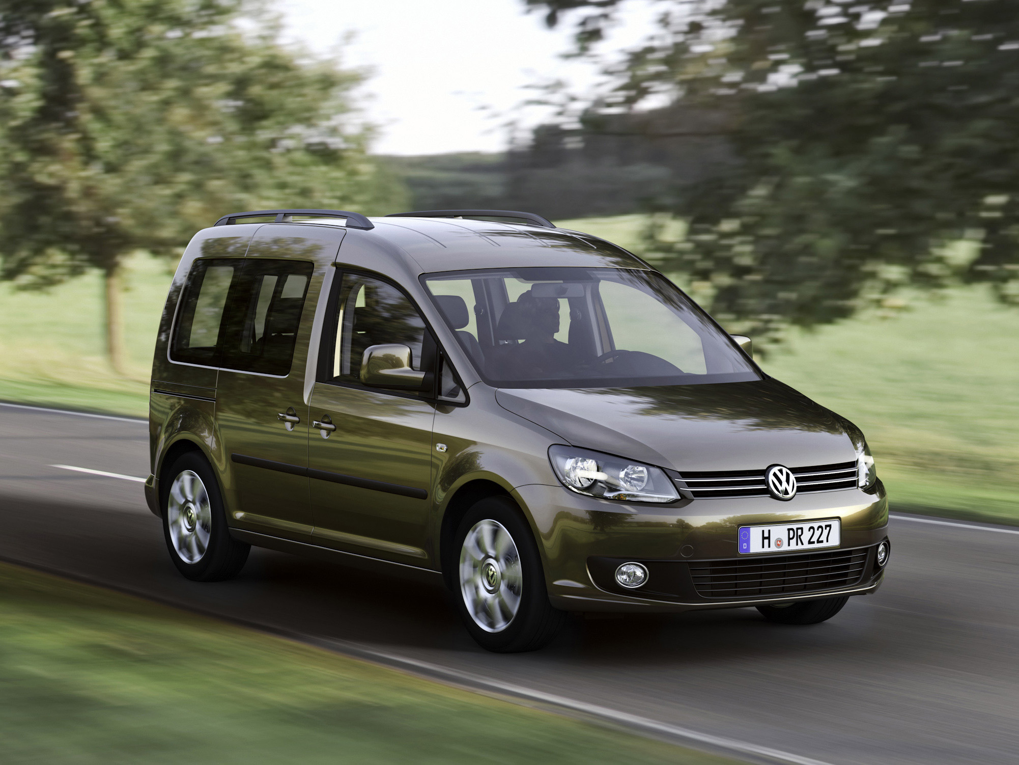 Фото автомобиля Volkswagen Caddy минивэн