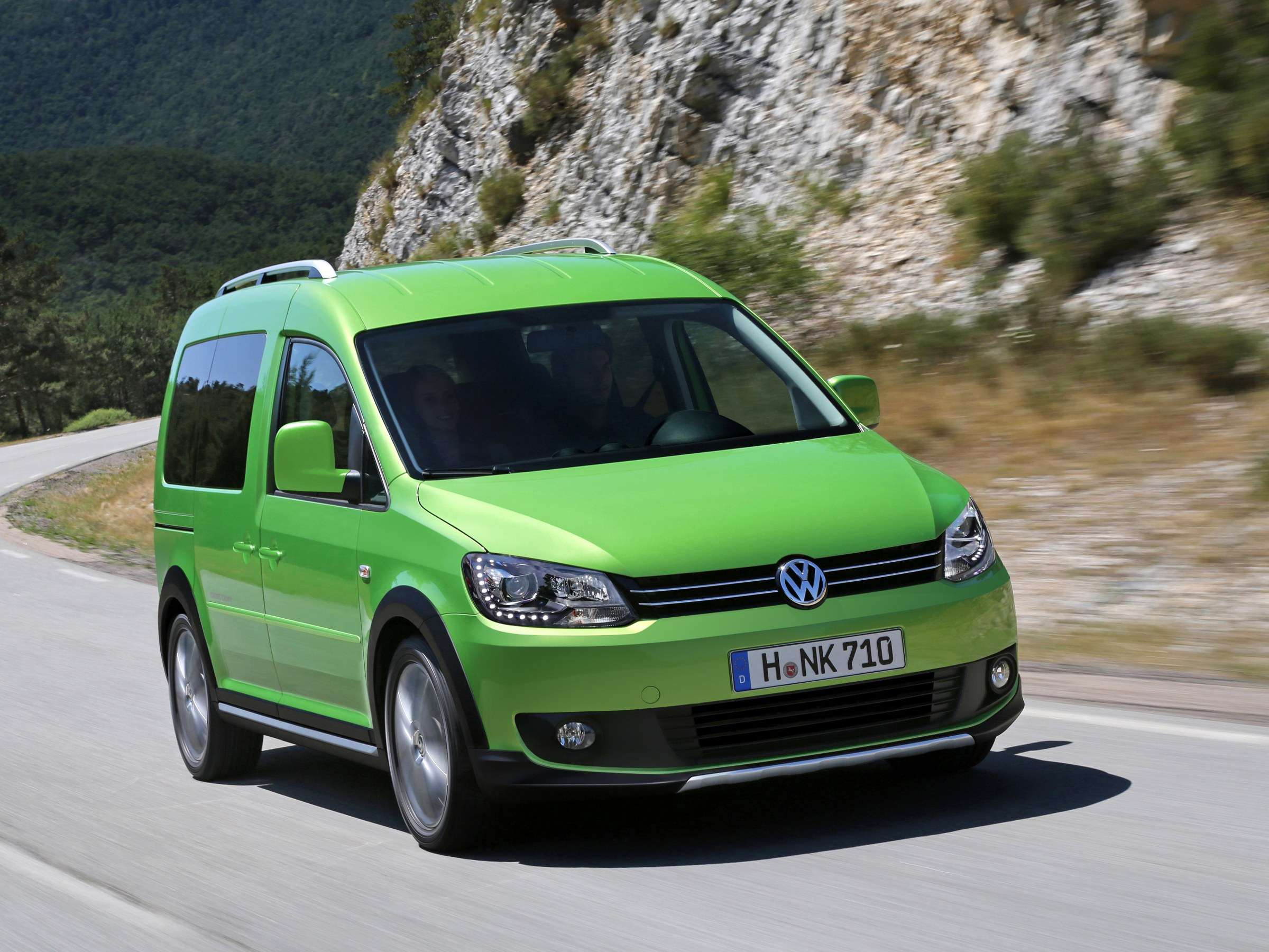 Фото автомобиля Volkswagen Cross Caddy минивэн
